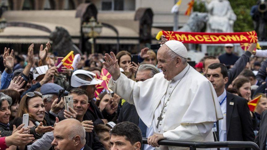 Homili Paus diSkopje
