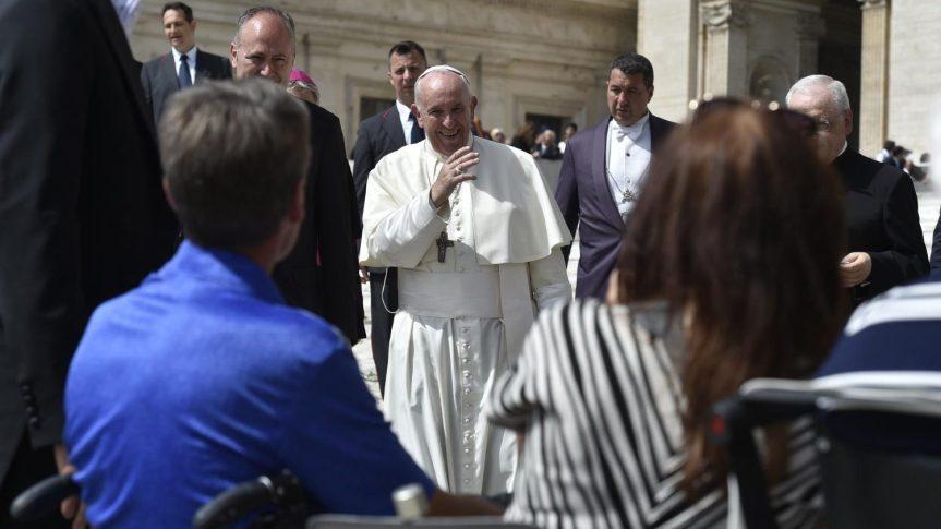 Paus Fransiskus dalam Katakese padaDunia
