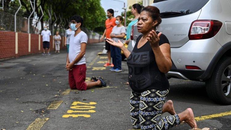 Kolombia Antara Kemiskinan dan Pandemi: Gereja di garisdepan