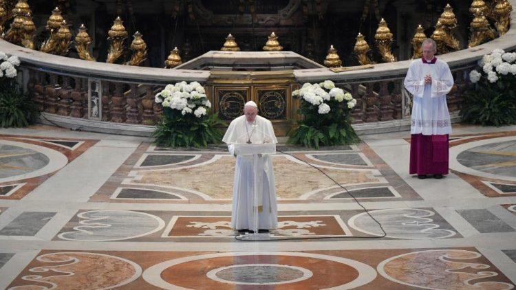 """Pesan Paus Fransiskus dan Berkat """"Urbi et Orbi"""" – Perayaan Minggu Paskah 12 April2020"""
