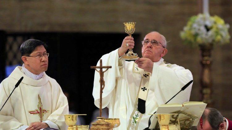 """Kardinal Tagle: Paus Fransiskus mengungkapkan """"hasratnya untukmisi"""""""