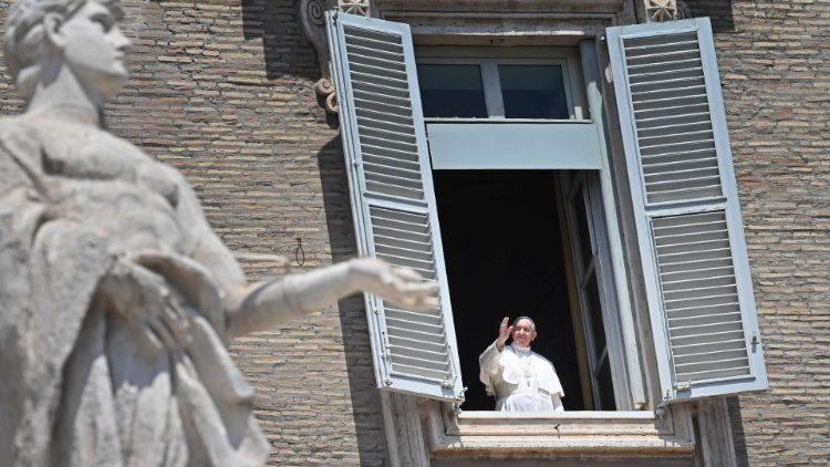 Hari Raya Pentakosta: Paus akan melanjutkan Doa Ratu Surga di Lapangan SantoPetrus