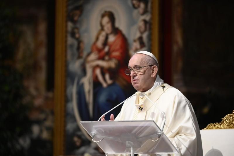 Homili Paus Fransikus Dalam Misa Hari Raya Tubuh dan DarahKristus