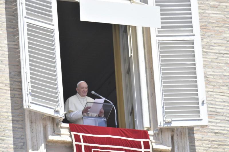 Sapaan Bapa Suci Paus Fransiskus pada Doa Malaikat Tuhan – 16 Agustus2020