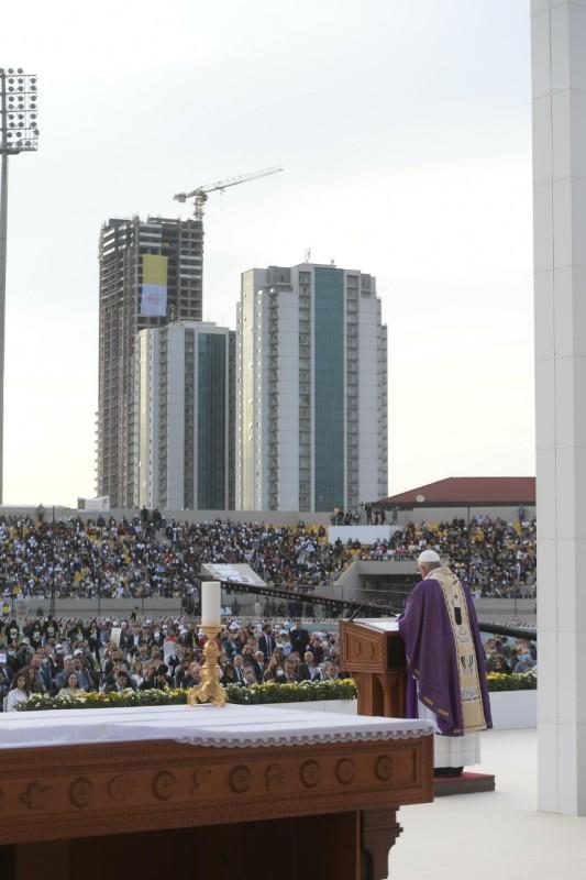 Homili Paus Fransiskus pada Misa Kudus di Erbil – 7 Maret2021