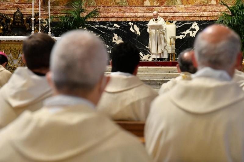 Homili Paus Fransiskus pada Misa Krisma – Kamis Putih, 1 April2021