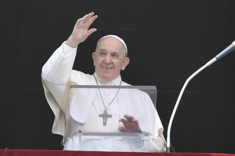 Sapaan Paus Fransiskus pada Doa Malaikat Tuhan – Hari Raya Tritunggal Mahakudus, 30 Mei2021