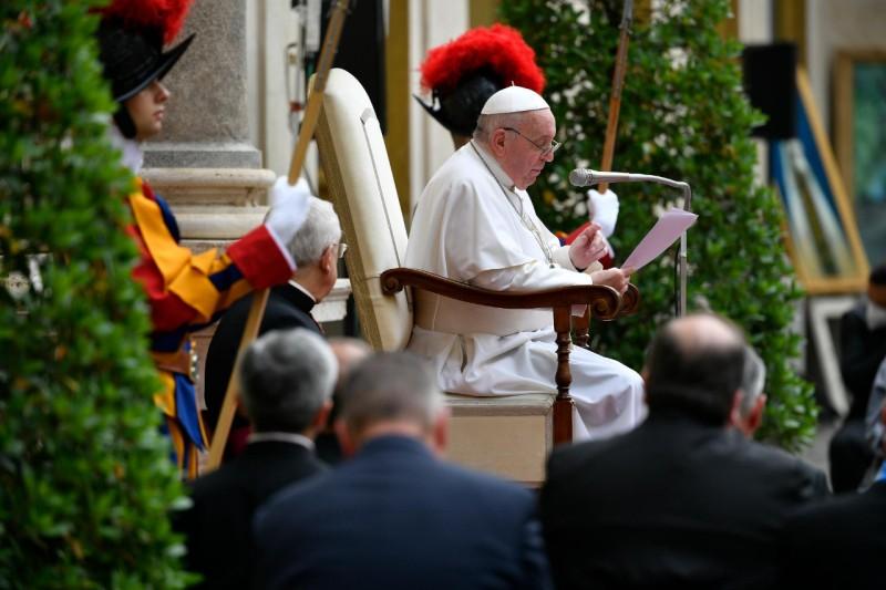 Katekese Paus Fransiskus pada Audiensi Umum – 23 juni2021
