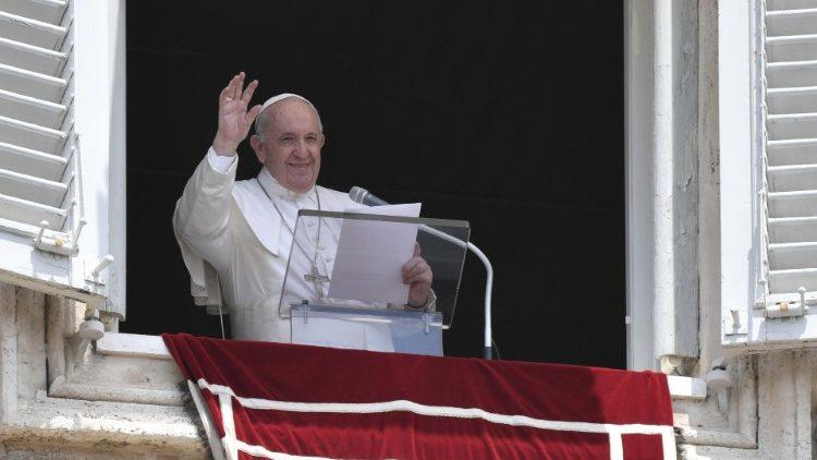 Sapaan Paus Fransiskus pada Doa Malaikat Tuhan – 4 Juli2021