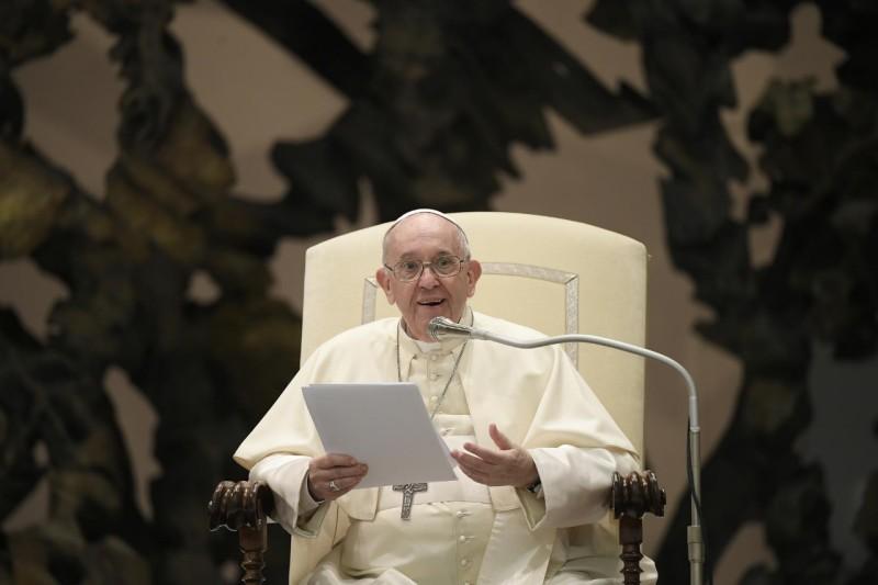 Katekese Paus Fransiskus pada Audiensi Umum – 25 Agustus2021