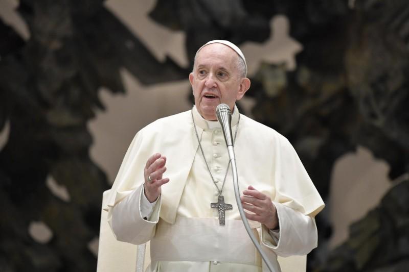 Katekese Paus Fransiskus pada Audiensi Umum – 18 Agustus2021