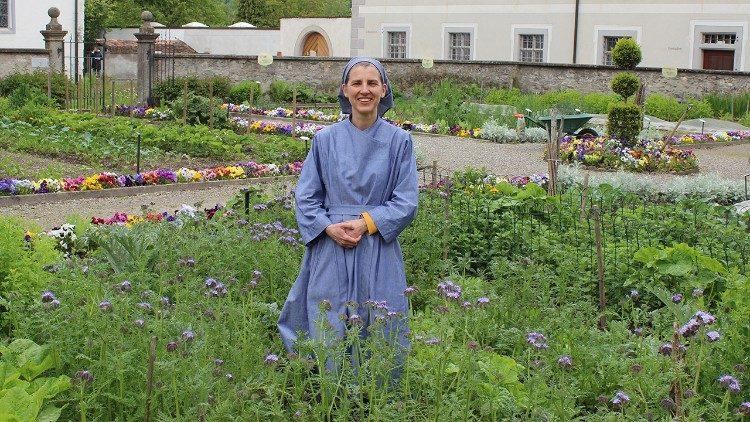 2 - Novice Judith Samson in the Laudato sí garden of the Fahr Monastery