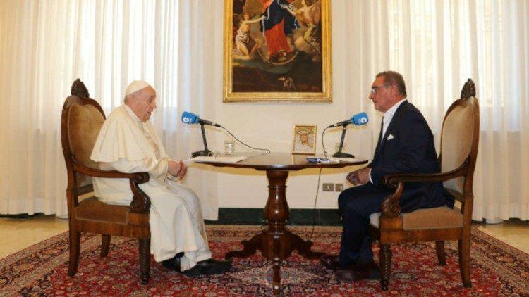 Wawancara Paus Fransiskus dengan Carlos Herrera (RadioCOPE)